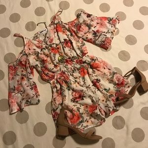 Audrey 3+1 cold shoulder floral romper